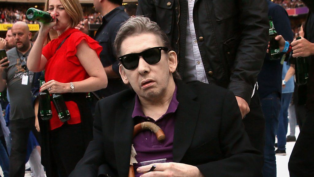 Stars turn out for Shane MacGowan's 60th