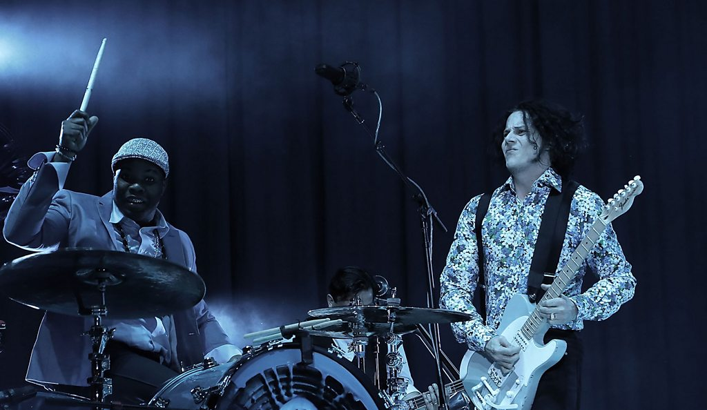 Jack and Julian have big pop at pop music