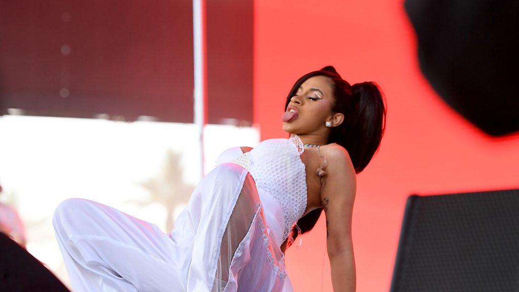 Cardi B performs pregnant twerk at Coachella